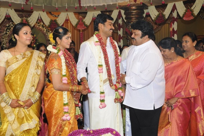 Actor Sivakumar Family Photos http://southcinemax.blogspot.com/2011/07/actor-karthik-sivakumar-ranjini-wedding.html