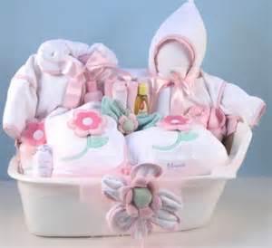 idées de cadeau de douche de bébé.