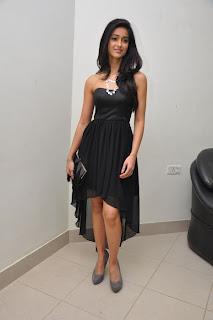Ileana Hot In Short Skirt Pics