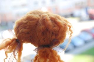 Какую можно сделать прическу с распущенными волосами 31
