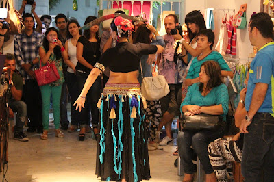 feria de diseño independitente, cali es moda arte y cultura, empresas culturales de cali, la juana en granada cali sitio de moda, la juana granada, empresa cultural, diseñadora samara wells, fashionbloggers de cali visitan feria de diseño independiente, fashinbloggers de cali colombia, sucursal del diseño