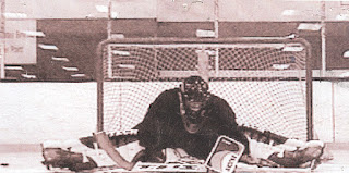 ian sands hockey goalie for Jackals