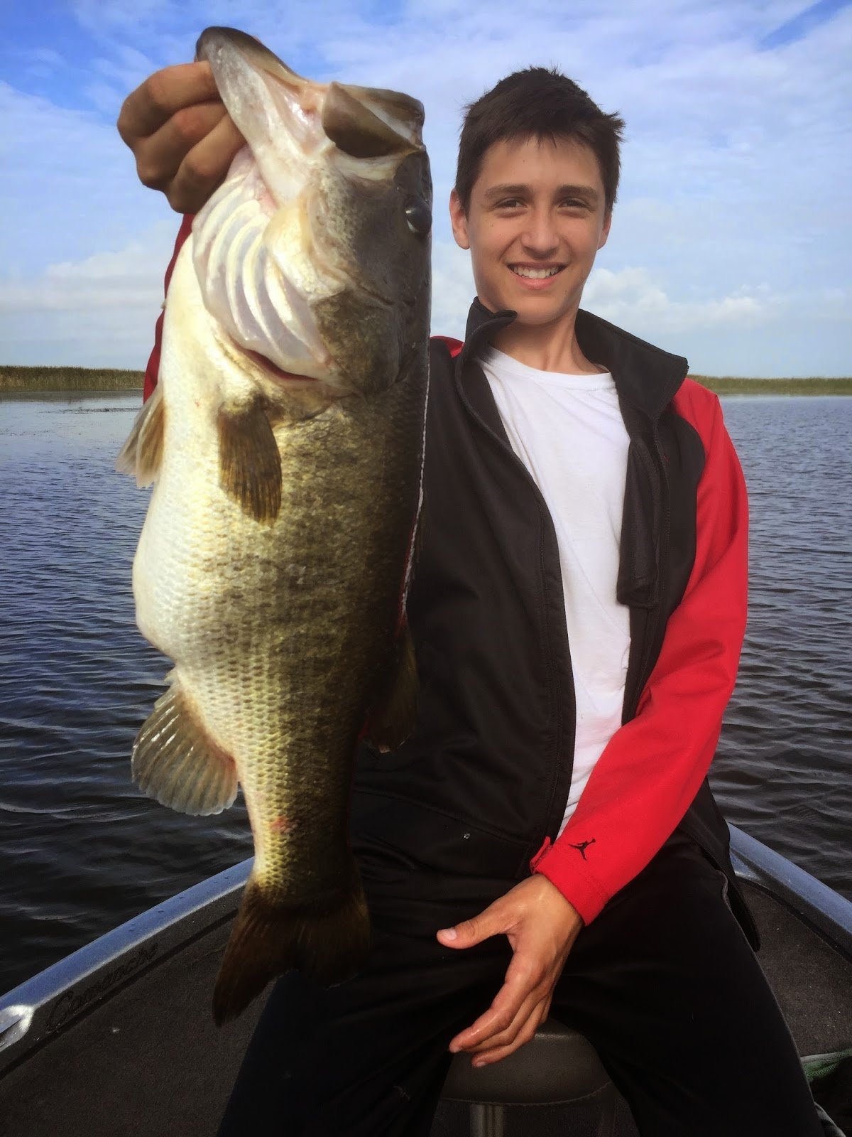 April and big bass on lake okeechobee lake okeechobee for Lake okeechobee fishing guides
