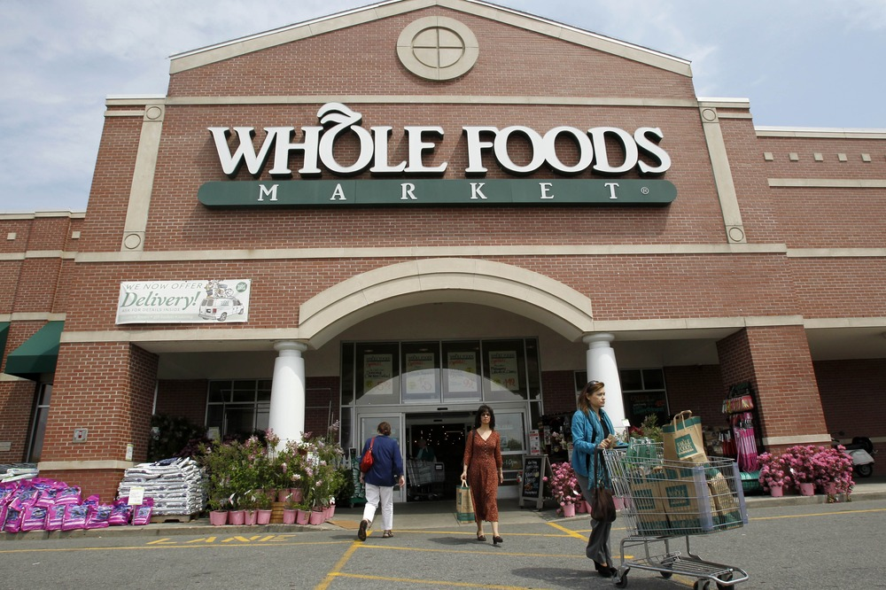 Outlets In Nj >> Whole Foods in 2009 began putting its 365 Everyday Value product line through non-GMO ...