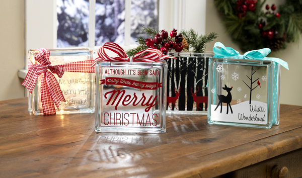 Holiday Glass Blocks @crafsavvy @sarahowens #craftwarehouse #vinyl #christmas #homedecor #diy