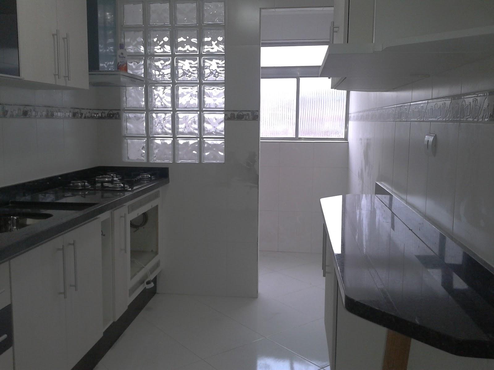Imagens de #595576 Visão da cozinha toda ainda sem o meu forno que esta na assistência 1600x1200 px 2740 Box Banheiro Pedra
