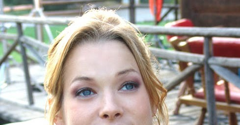 Nicole Dehuff Actress In Meet The Parents Played The - Hot ...