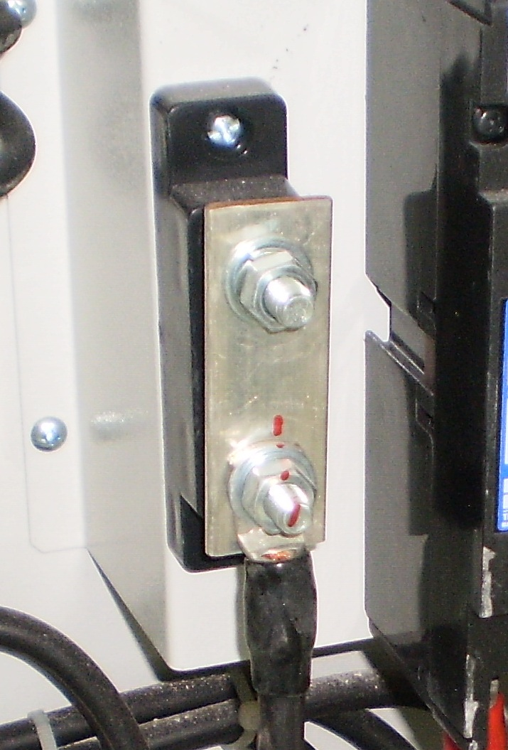 Electrical Installations: Neutral Link Pictures