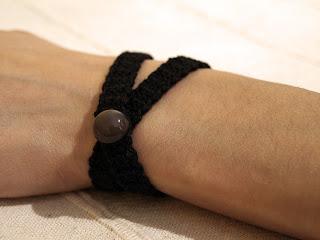 gargantilla negra crochet gotica