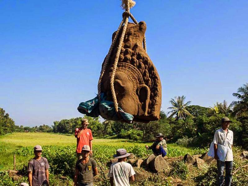 Three Angkorian-era statue heads unearthed in Cambodia