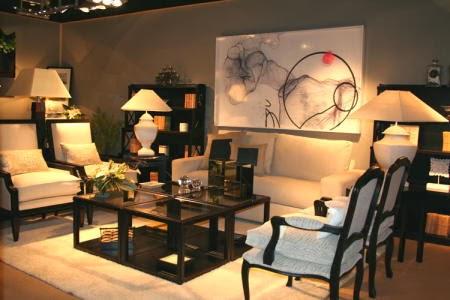 con pocas lamparas de mesa y de pie se puede crear una buena atmsfera y no llenar el poco espacio disponible