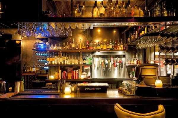 Clive Bar | Rainey Street Bars and Restaurants | Austin, Texas