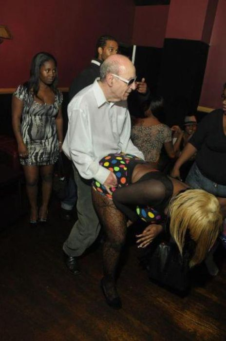 50 embarrassing nightclub photos damn cool pictures