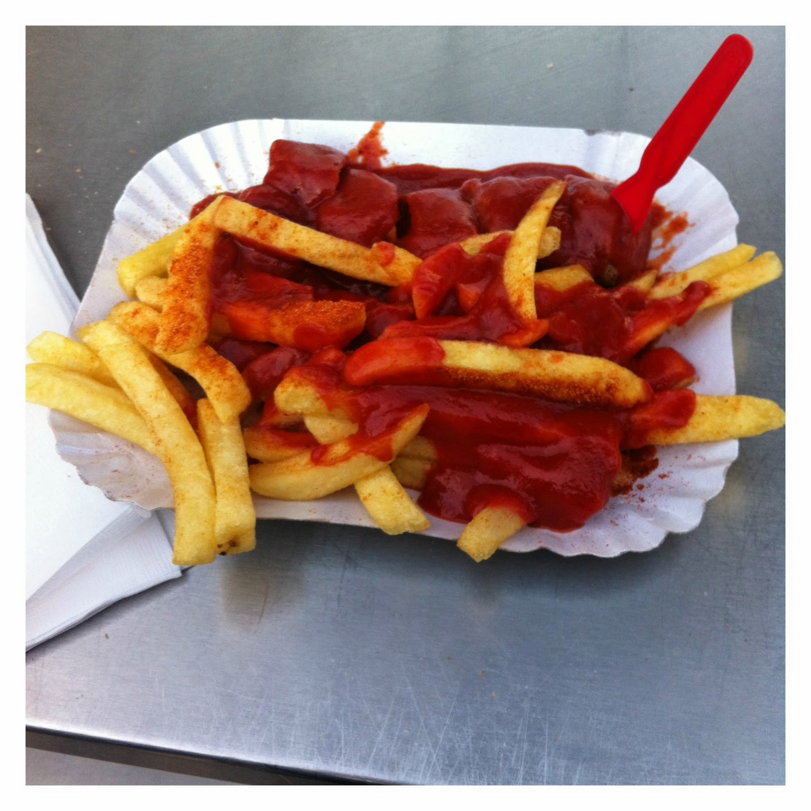 Currywurst do Curry 36 - Zoologischer Garten em Berlim