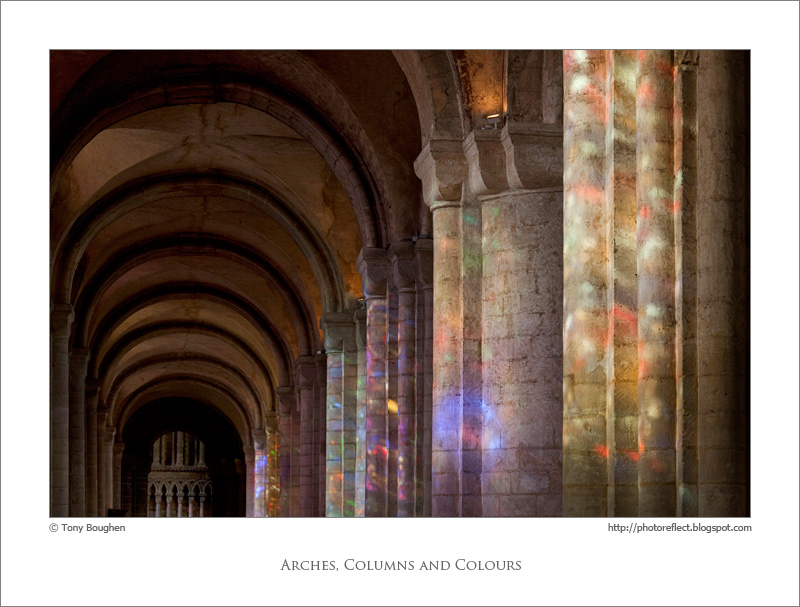 Photoreflect Arches Columns And Colours