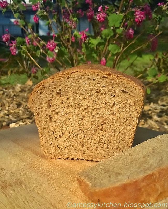 Messy Kitchen Counter: A Messy Kitchen: BBB Granary Style Loaf