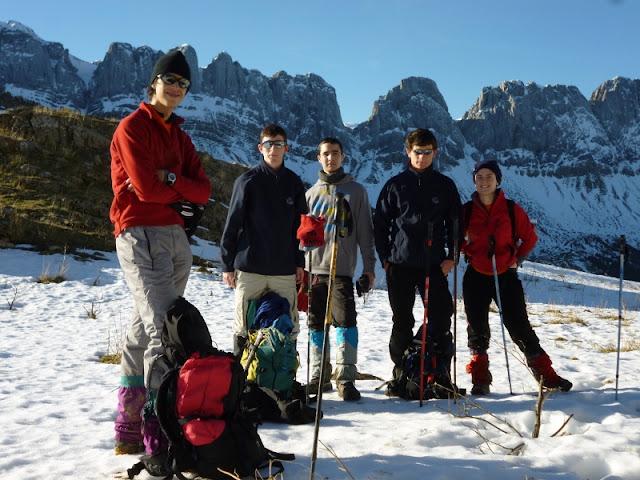 Uztarroz-Belagoa-Zuriza:Juveniles Vasco de Camping