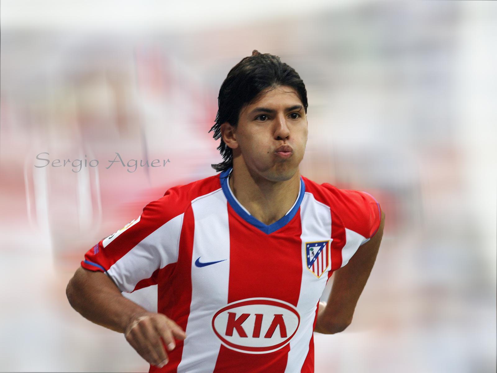 http://1.bp.blogspot.com/-NKBlp55vfDY/TcfR17rdZMI/AAAAAAAACHc/6doFRN-Ezw0/s1600/Sergio+Aguero+Football+Wallpaper.jpg