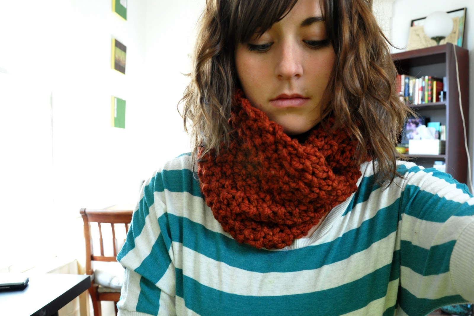 The Meaning of Mataphrium: Seed Stitch Cowl: Free Pattern