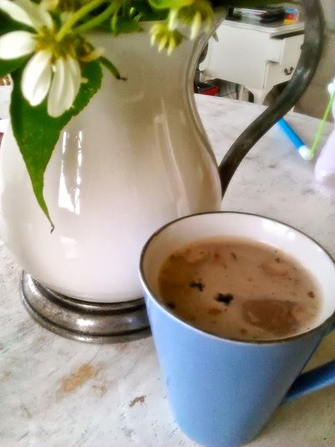 maca powder cacao cocoa hot chocolate DIY