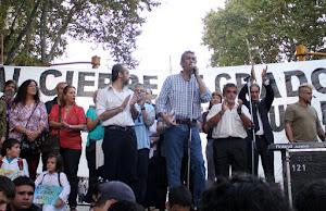 Contra el cierre de cursos Macri tiene que retroceder