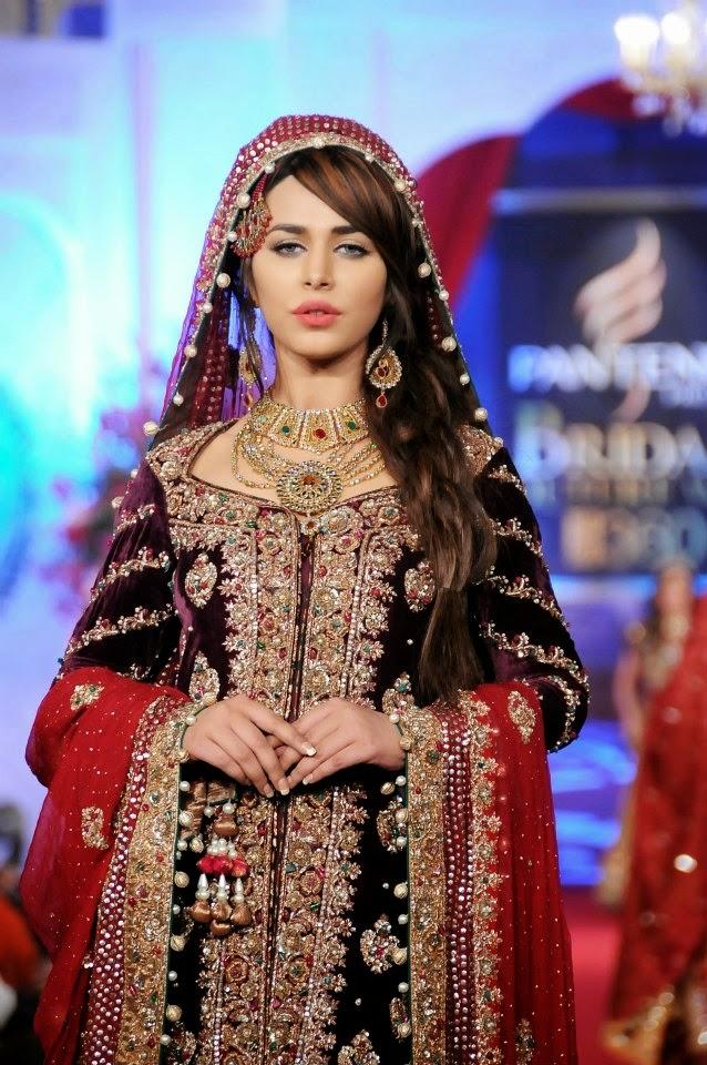 Jewellery ~ Designer\'s Dresses