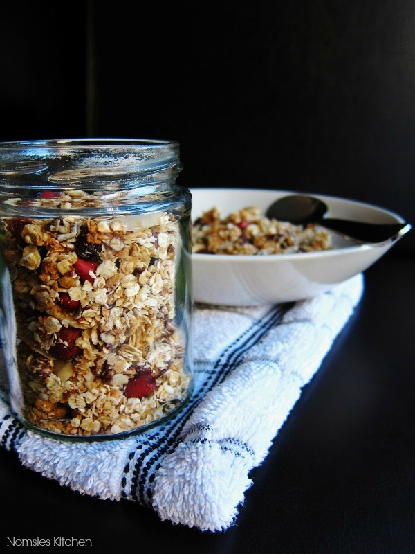 Easy Homemade Nutty Vegan Granola Recipe from Nomsies Kitchen
