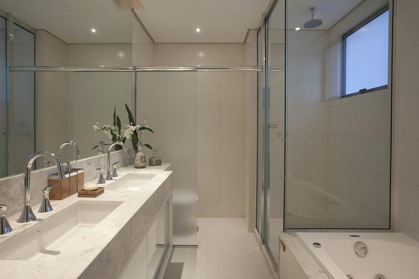 Banheiros com áreas íntimas (vaso e chuveiro) separadas! Veja modelos e dicas -> Banheiro Com Banheira Precisa De Chuveiro