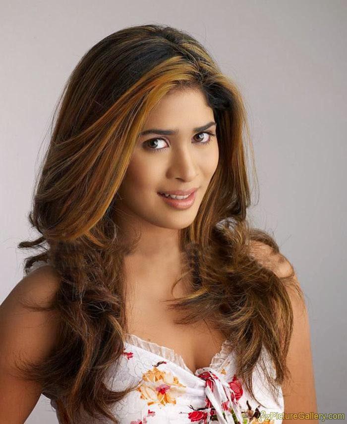 Beautiful sri lankan women