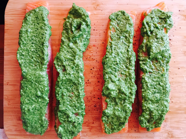 Salmon with rocket, watercress and spinach pesto
