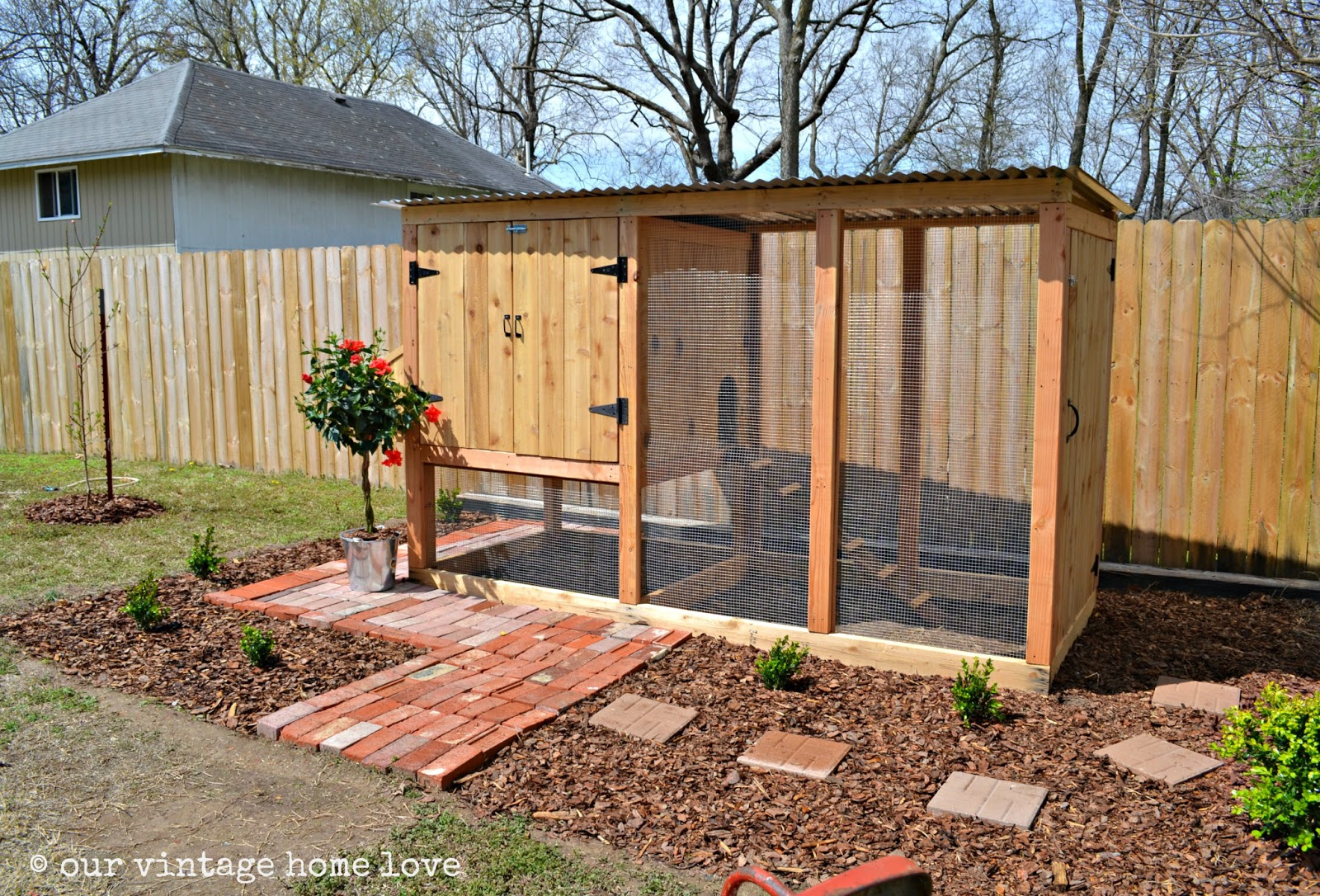 Vintage home love our new coop for Cute chicken coop ideas