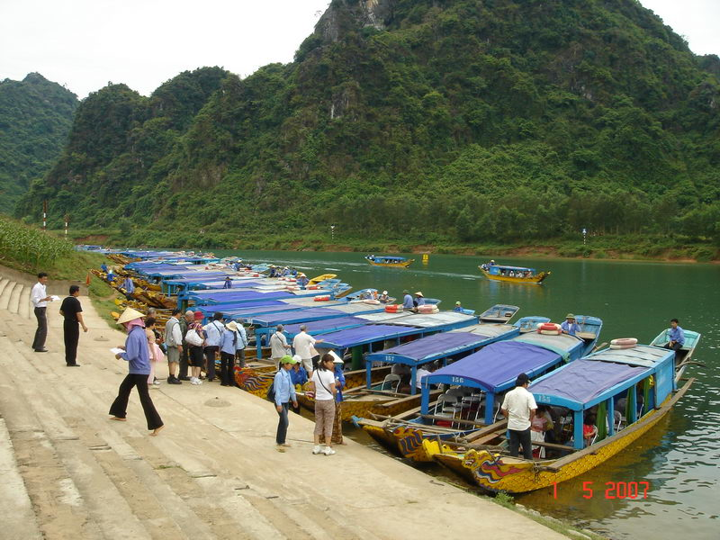 Khám phá Động Phong Nha, Quảng Bình