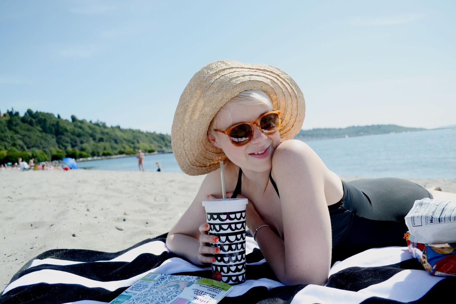 beach, towel, summer, golden gardens, catie beatty, ban.do, sun hat