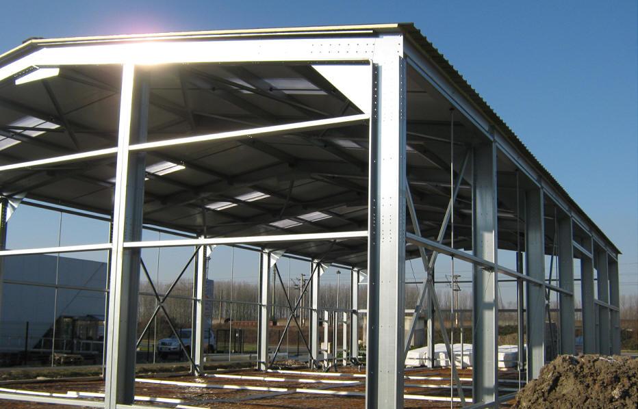 Mini projet de construction m tallique cours g nie civil - Calcul d un hangar en charpente metallique ...