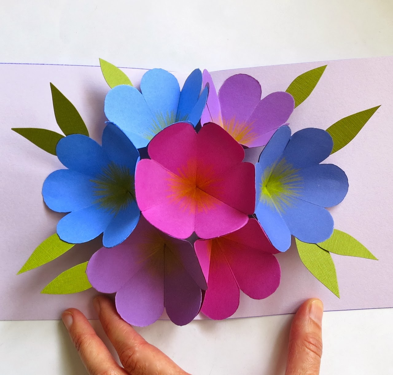 Craft Maniacs Flower Pop Up Card