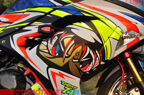 Modifikasi Kawasaki Ninja 250 FI Full Striping