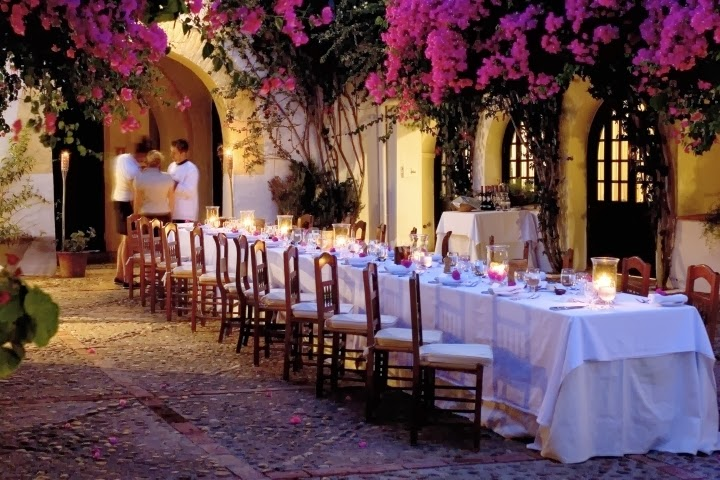 Nacho bergara tendencias mesas alargadas - Mesas decoradas para bodas ...