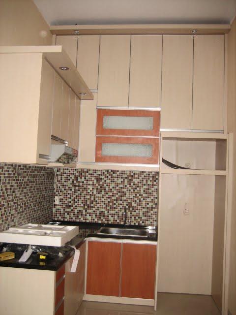 Daffa meubel djulfiqar design kitchen set mungil mr tito for Kitchen set mungil