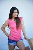 Prabhajeet Kaur Glamorous Photo shoot-thumbnail-62