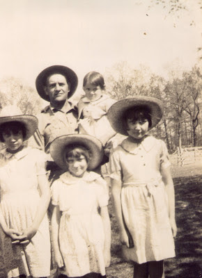Edna, Minnie Nell, Dorothy, Luther, and Betty Shewcraft