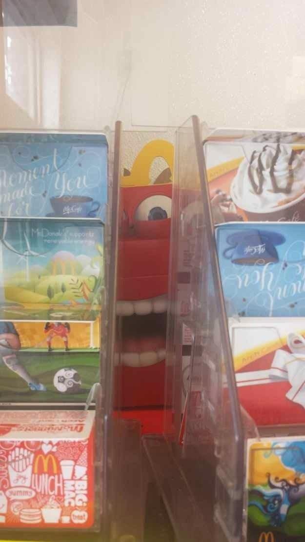 Las terroríficas cajas de Happy Meal