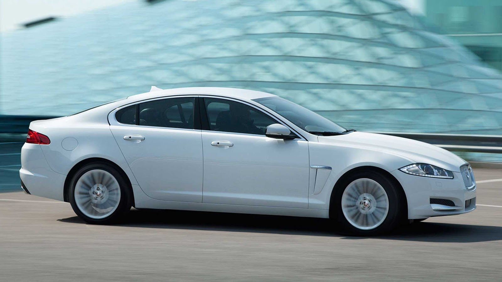 2015 jaguar xf r sport new cars pictures. Black Bedroom Furniture Sets. Home Design Ideas