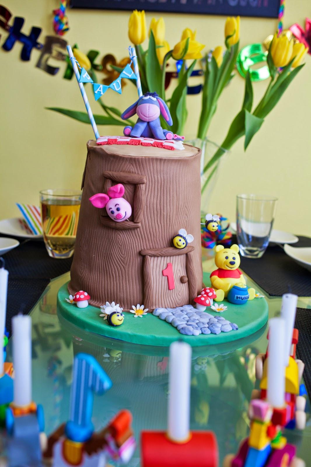 Tutorial winnie pooh baumhaus torte und rezept f r r blitorte mit frischk secreme - Winnie pooh kuchen deko ...