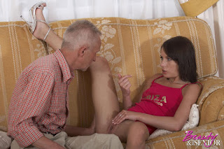 Horny and twerking - rs-Old___Young_-_Hardcore_43_image_large_17-779505.jpg