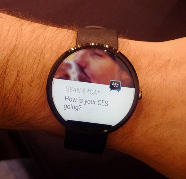 BlackBerry shows off BBM for Android Wear