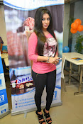 Hamida glamorous photos gallery-thumbnail-9
