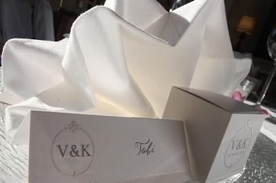 Hochzeitspapiterie, Tischkarten und Gastgeschenke
