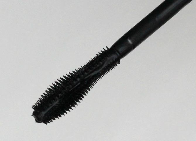 GOSH mascara wand