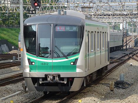 小田急線 千代田線直通 急行 綾瀬行き 16000系