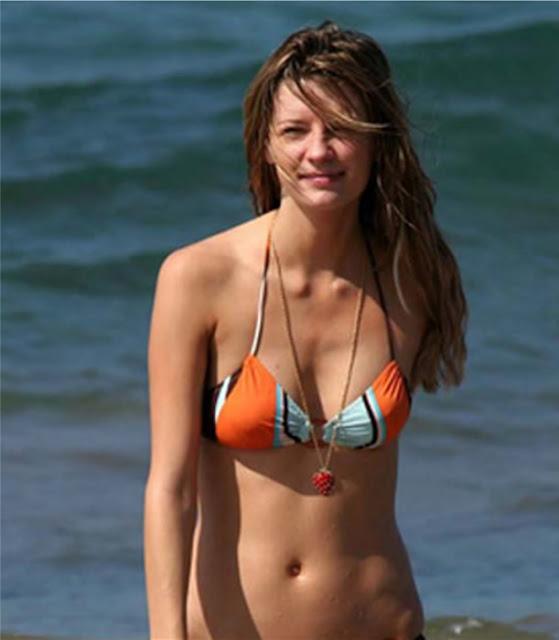 bikini babes in hawaii